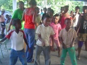 Orphelins qui dansent