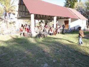 2014-07-11  Kleiderverteilung an Familien (2)