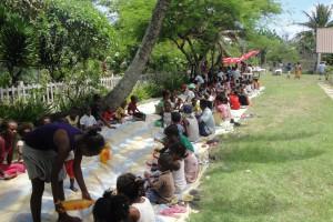 Les enfants de l'Akany Avotra et des familles aidées